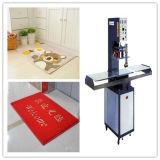 La machine de soudure à haute fréquence principale simple de qualité pour le couvre-tapis de PVC gravant en relief, ce a reconnu