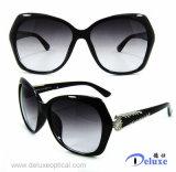 Gafas de sol plásticas de la manera del diseñador a estrenar para las mujeres/señora (DP1232YZ)