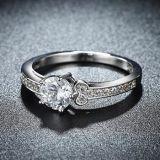 Groothandelaars In het groot Inalis Ring Acht van de Diamant van Acht Reeksen de Juwelen van het Witgoud van de Pijl van het Hart van de Ring