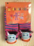 Schienen-Widerstand-Baumwollsilikon-Karikatur-Baby-Socken (JMBABY-HORSE)