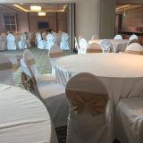 Großhandelshotel-Ebenen-weißes ausgezeichnetes Tisch-Tuch