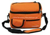 男女兼用のオレンジ絶縁されたお弁当箱のピクニッククーラー袋