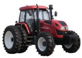 Foton Lovol 125HP、145HPの165HP 4WDのセリウムが付いている大きい農場トラクター