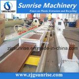 Máquina de la protuberancia del perfil del Decking de la cerca del PVC WPC del plástico de la maquinaria de la salida del sol