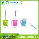 A forma diferente modela o jogo de escova do toalete da limpeza do agregado familiar, suporte de escova plástico do toalete