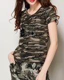 T-shirt fait sur commande de té de collet du coton estampé par configuration V de camouflage de mode de dames