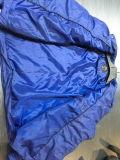 Gli uomini hanno imbottito il rivestimento riempito alto blu marino di 4cm