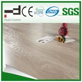 plancher classique de stratifié de surface de foulage de chêne de Techology d'Allemand de 8mm