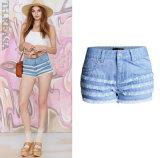 Di estate di modo Jeans Pants il più in ritardo della breve signora blu-chiaro europea sottile