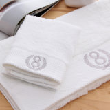 100%年の綿の白いテリーのホテルの浴室タオルの製造業者は引く001