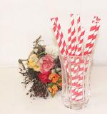 Красная Striped сторновка устранимых продуктов бумажная выпивая