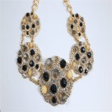 新しい項目黒いビードガラスは花の吊り下げ式の方法宝石類のイヤリングのブレスレットのネックレスに投石する