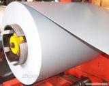 La perfection a enduit la tôle d'une première couche de peinture d'acier galvanisée dans l'enroulement