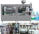 Maquinaria de la planta de embotellamiento de agua mineral para las botellas plásticas