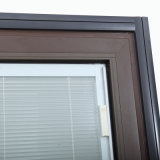 AluminiumCasement Tilt und Turn Window mit Shutters/Blinds