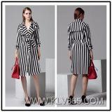 벨트를 가진 Striped Slim Long Coat 고품질 의류 여자 숙녀