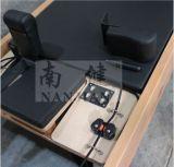 / bois d'érable Nanjian hêtre et acier inoxydable en acier pilates réformateur en pleine trapèze