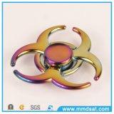 O girador colorido o mais fresco da inquietação de três círculos