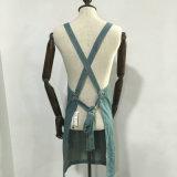Avental da sarja de Nimes do vintage com sarja de Nimes feita sob encomenda do avental da parte traseira da cruz do logotipo