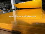 Folha amarela opaca lustrosa elevada do PVC