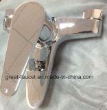 Grifo de bañera de cobre amarillo nuevo y moderno del cuarto de baño (GL9303A93)