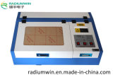 3020 botones plásticos/cortadora en reducida escala del laser del metal de la máquina de grabado del laser del sello