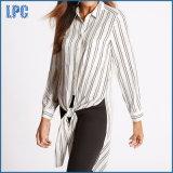 Рубашка втулки самомоднейшего Striped Longline длинняя