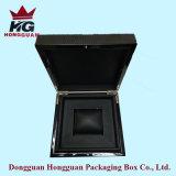 Der hölzerne Geschenk-Kasten für Uhr