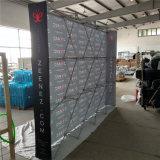 O Velcro reto estala acima a cabine do indicador da feira profissional do carrinho de indicador