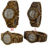 Relógio de madeira da sandália de madeira feita sob encomenda do teste padrão do leopardo do fecho do logotipo