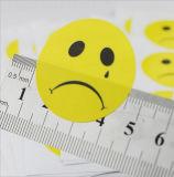 Etiquetas autoadhesivas redondas de encargo con la insignia impresa