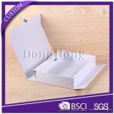 リボンが付いている贅沢なペーパー結婚式のFoldable堅いギフト用の箱