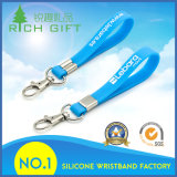 Kundenspezifisches Großhandelsfirmenzeichen gedruckter SilikonWristband Keychain für förderndes Geschenk