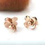 Brincos bonitos do parafuso prisioneiro da flor do aço inoxidável da forma da jóia das meninas
