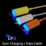 Cable colorido del cargador y el cable USB Transferencia de datos de iPhone