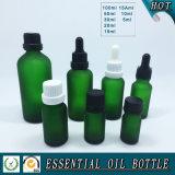 De berijpte Groene Fles van het Glas voor de Essentiële Olie van Schoonheidsmiddelen met Aluminium GLB