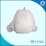 Pañal disponible del bebé con la cinta del Velcro