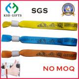 Wristband su ordinazione del panno di evento di festival tessuto tessile di plastica del poliestere della serratura