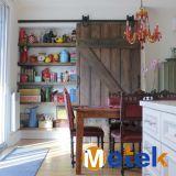 メインゲートデザイン食器棚の引き戸