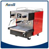 Máquina tradicional Semi automática do fabricante de café do café Kt6.1