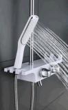 Robinet solide en laiton fixé au mur de douche de qualité