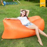 キャンプの膨脹可能な空気ソファの豆袋の不精な寝袋のソファーベッド