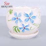 Frischer ruhig eleganter keramischer Flowerpot