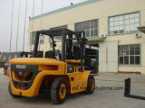 caminhão de Forklift 7.0Ton Diesel com o deslocador do lado da corda (motor de HH70Z-W6-D, de ISUZU 6BG1)