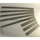 Tiras del carburo de tungsteno usadas en la fabricación de un cuchillo más plano