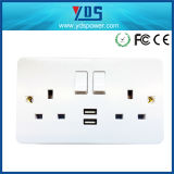 TypeイギリスのDouble USB Wall Socket 5V 2.1A