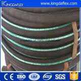Tuyau en caoutchouc hydraulique résistant de pétrole de température élevée flexible de Kingdaflex de constructeur de la Chine