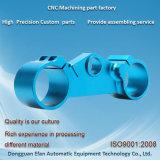 Précision d'usine de la Chine usinant des pièces de commande numérique par ordinateur Spart avec le bleu anodisé