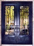 円形上の鉄の前部ガラスのドア