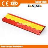 PU-kleiner Plastiktyp 3 Kanal-Außenkabel-Schoner-Fußboden